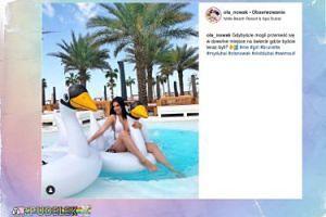 Ola Nowak wygina się na dmuchanym ptaku w Dubaju