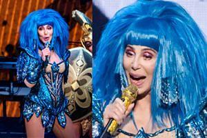 73-letnia Cher w gorsecie i niebieskiej peruce pląsa po scenie w Wiedniu (ZDJĘCIA)