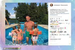 56-letnia klata Czarka Pazury z dziećmi w basenie