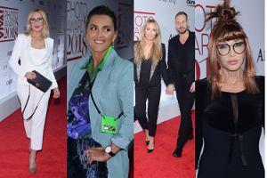 """Gwiazdy na """"Viva! Photo Awards"""": Zakochani Przetakiewicz i Rooyens, seksowna Młynarska, szczupła Szostak... (ZDJĘCIA)"""