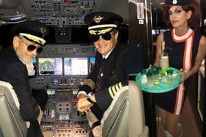 George Clooney i Cindy Crawford przebrali się na Halloween za... pilota i stewardessę!