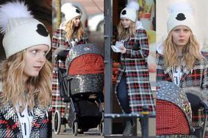 Olga Kalicka bez makijażu robi zakupy z synem w wózku (ZDJĘCIA)