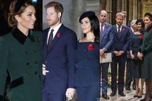 """Meghan Markle z odsłoniętym obojczykiem i ksieżna Kate w """"starym"""" płaszczu zadają szyku w opactwie westminsterskim (ZDJĘCIA)"""