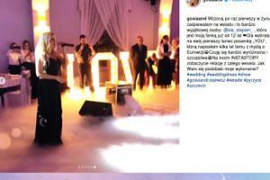 Gosia Andrzejewicz śpiewa na weselu fanki