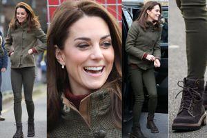 Swobodna Kate Middleton spotkała się z wolontariuszami (ZDJĘCIA)