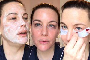 """42-letnia Liv Tyler zdradza, jak dba o twarz. """"Czuję się tym spokojniej, im lepiej wygląda moja skóra"""""""