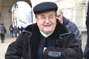 """Tadeusz Rydzyk żąda pieniędzy na nowy wóz: """"Musieliśmy wziąć pożyczkę na nowe auto. Kosztowało to 5 milionów złotych"""""""