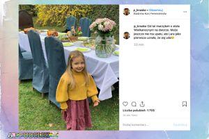 Piotr Kraśko chwali się córeczką i stołem w ogrodzie
