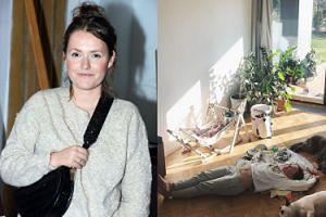 """Olga Frycz pokazała brzuch po porodzie. Internauci chwalą: """"Gratuluję dystansu do siebie i świata"""""""