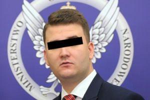 """""""Bartłomiej M."""" został ZATRZYMANY PRZEZ CBA! """"Powoływał się na wpływy i czerpał z tego korzyści"""""""