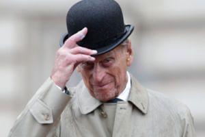 """Królowa Elżbieta II obchodzi 93. urodziny, ale to książę Filip może zostać najstarszym """"royalsem"""""""
