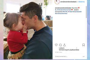 """""""Wzruszona"""" Lewandowska chwali się zdjęciem Klary i Roberta"""
