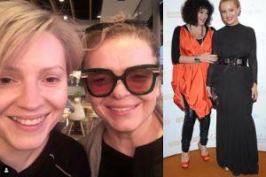 """Dorota Szelągowska i Katarzyna Grochola na wspólnym selfie BEZ MAKIJAŻU. Fani: """"I to jest prawdziwe zdjęcie no make-up"""""""