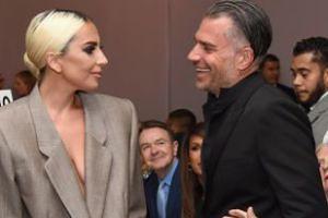 """Lady Gaga potwierdza zaręczyny! """"Dziękuję MOJEMU NARZECZONEMU, Christianowi!"""""""
