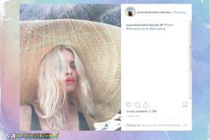 Joanna Horodyńska żegna lato w wielkim kapeluszu