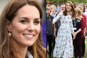Kate Middleton na otwarcie ogrodu obwiesiła się kolczykami za... 25 ZŁOTYCH (FOTO)