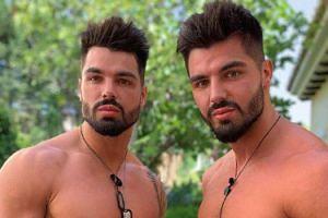 """Bliźniacy z """"Love Island"""" POWIĘKSZYLI USTA? Kiedyś Piotr i Paweł Tyburscy wyglądali inaczej (FOTO)"""