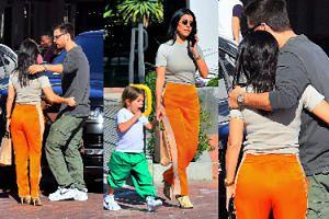 Kourtney Kardashian przytula się do Scotta Disicka na parkingu. Sofia będzie zazdrosna? (FOTO)