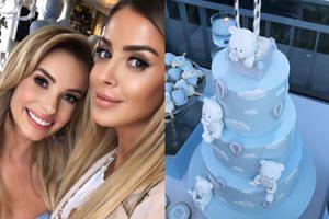 Błękitne baby shower Izabeli Janachowskiej: cukrowe misie, chmurki i tona balonów (FOTO)