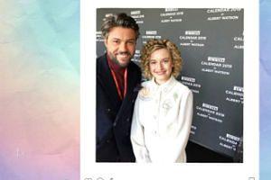 Olivier Janiak pozuje z gwiazdą Netflixa