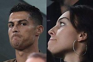 Cristiano Ronaldo obejrzał mecz Juventusu z trybun w towarzystwie dziewczyny i syna (ZDJĘCIA)