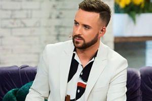 """TYLKO NA PUDELKU: Aleksander Sikora został nowym prowadzącym """"Pytania na śniadanie"""". """"MUSIMY ZASKAKIWAĆ"""""""