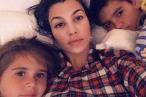 """Kourtney Kardashian marzy o kolejnych dzieciach? """"Coraz mocniej czuje, że jej zegar biologiczny tyka"""""""