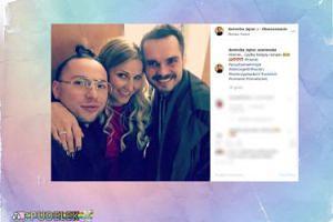 """Dominika Tajner pozuje z kolegami: """"Kolejny ROMANS?"""""""