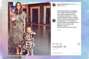 Zapracowana mama Ania Wendzikowska pozdrawia z planu u boku córeczki