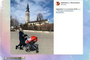 Olga Kalicka na Jasnej Górze śmieje się do sanktuarium