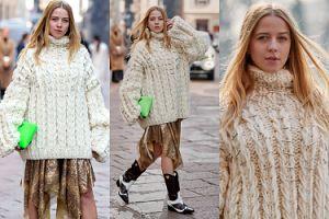 Wystrojona Jessica Mercedes podbija tydzień mody w Mediolanie w wielkim swetrze i kowbojkach (FOTO)