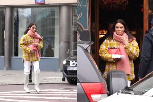 Kolorowa Joanna Horodyńska kupuje ciastka, a Lara Gessler trzyma drzwi