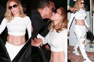 Coraz młodsza Jennifer Lopez zabrała narzeczonego i swój UMIĘŚNIONY BRZUCH na randkę