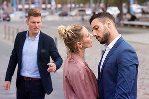 Niepewne randki z młodszym mężczyzną