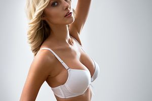 Randki z implantami piersi
