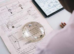 Inspektor nadzoru budowlanego - jakie są jego obowiązki podczas budowy domu?
