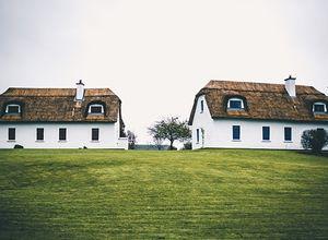 Dwa domy na jednej działce - jak zorganizować budowę dwóch domów?