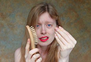 jak najlepiej zatrzymać wypadanie włosów