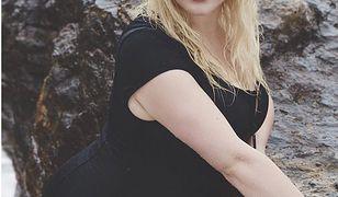 Hayley Hasselhoff - córka gwiazdy Słonecznego Patrolu - to modelka plus size