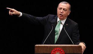 """Recep Tayyip Erdogan znów grozi. """"Przeprosiny od Holandii nie wystarczą"""""""