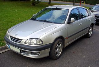 Toyota Avensis I T22