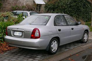 Daewoo Nubira J100