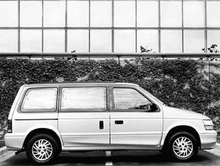 Dodge Caravan 2 generacji