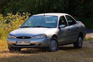 Ford Mondeo 2 generacji