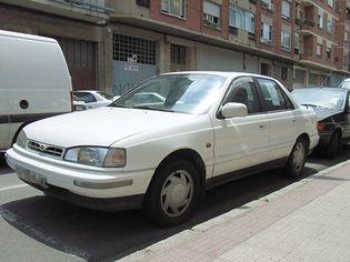 Hyundai Lantra J1