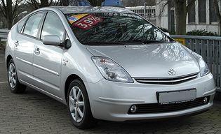 Toyota Prius 2 generacji