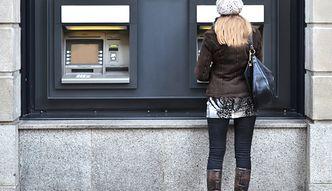 Weekendowe przerwy w bankach. Lepiej przygotuj gotówkę