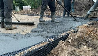 Budowa domu to studnia bez dna. Policzyliśmy, jaki jest koszt materiałów i robocizny