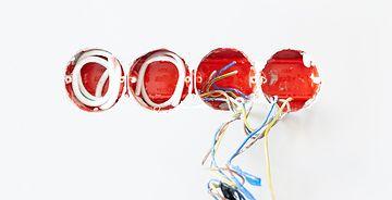 Как проложить электрические провода?