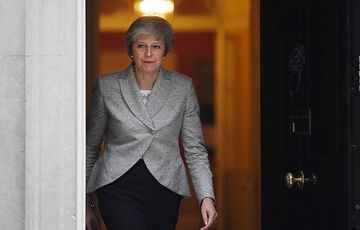 """May wycofuje się z głosowania ws. brexitu. """"Jedno jest pewne, będzie chaos"""""""